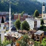 斯雷布雷尼察的天然溫泉,壯麗的松樹覆蓋的山丘和值得一遊的可愛村莊